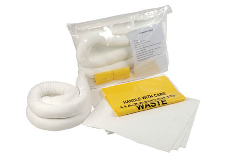 Oil-Spill-Kit-Large-Clip-Close-Bag